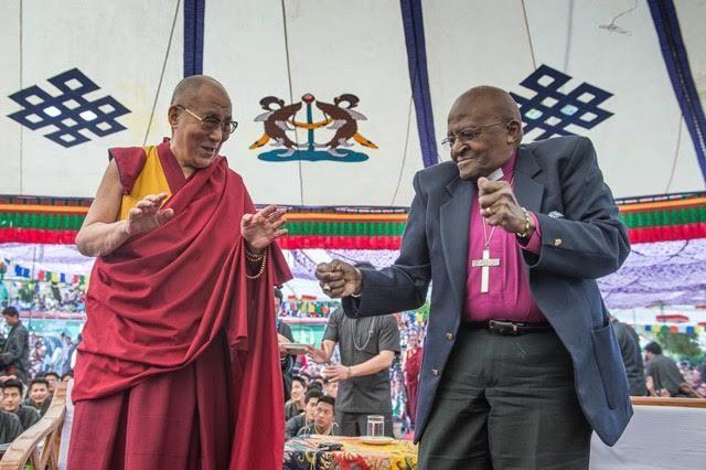DalaiLama-and-Tutu-12.jpg
