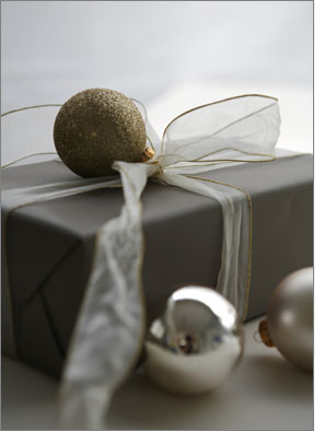 Gift_Wrapping_1101.jpg