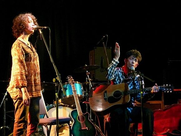 bill mallonee and murriah in concert.jpg