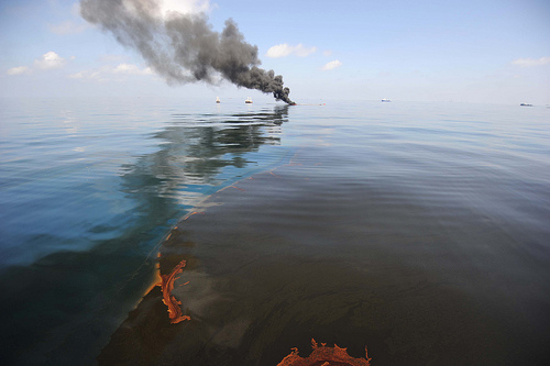 bp_oil_slick_fire.jpg